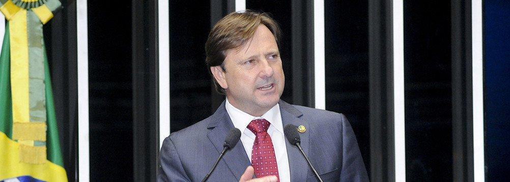 A ação 935 do STF discute um empréstimo realizado pela empresa Ecatur com o Banco da Amazônia - um banco de economia mista – que emprestou dinheiro à empresa. Tanto o valor solicitado como todos os juros e encargos foram pagos integralmente obedecendo rigorosamente qualquer acordo de empréstimo e financiamento