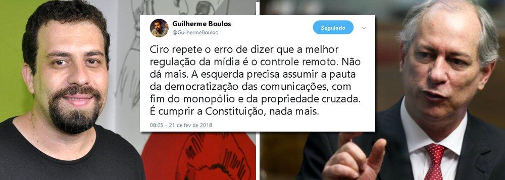 """Líder do MTST, Guilherme Boulos diz que o pré-candidato à presidência pelo PDT, Ciro Gomes,""""repete o erro de dizer que a melhor regulação da mídia é o controle remoto""""; declaração do ex-ministro foi feita durante evento nesta terça, quando declarou que não colocaria em pauta a regulação da mídia caso chegasse ao Planalto; """"Não dá mais. A esquerda precisa assumir a pauta da democratização das comunicações, com fim do monopólio e da propriedade cruzada. É cumprir a Constituição, nada mais"""", defende Boulos"""
