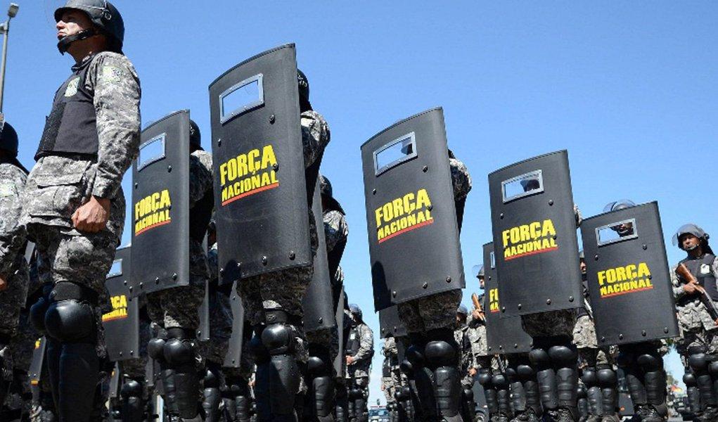Levantamento feito pelo Instituto Paraná Pesquisas apontou que apenas 14,5% dos brasileiros acham que a segurança pública melhorou em suas cidades; para 16,5%, a situação continua igual; de acordo com as estatísticas, 60,5% acham que todos os poderes têm responsabilidade sobre a segurança