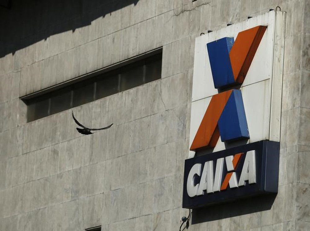 Agência da Caixa Econômica Federal no centro do Rio de Janeiro, Brasil 20/08/2014 REUTERS/Pilar Olivares