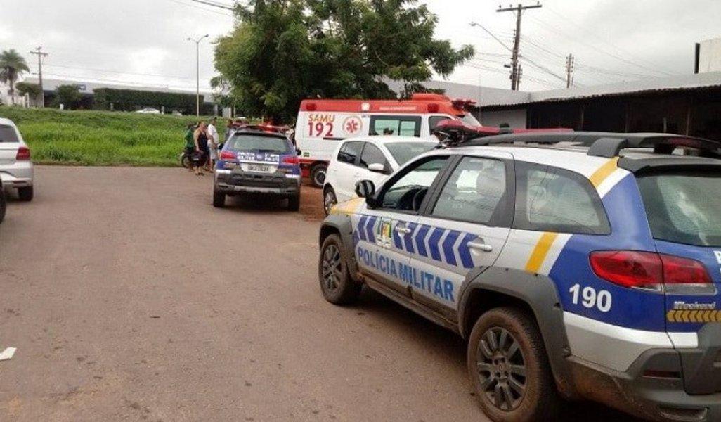 Uma briga entre irmãos da família Pagani, em Araguaína, terminou em tentativa de homicídio na tarde desta quinta-feira (04), por volta das 15 horas; segundo os jornais locais, Reinaldo Pagani atirou em seu irmão, Clarindo Pagani - ambos são sobrinhos da deputada federal e primeira-dama do Estado Dulce Pagani Miranda