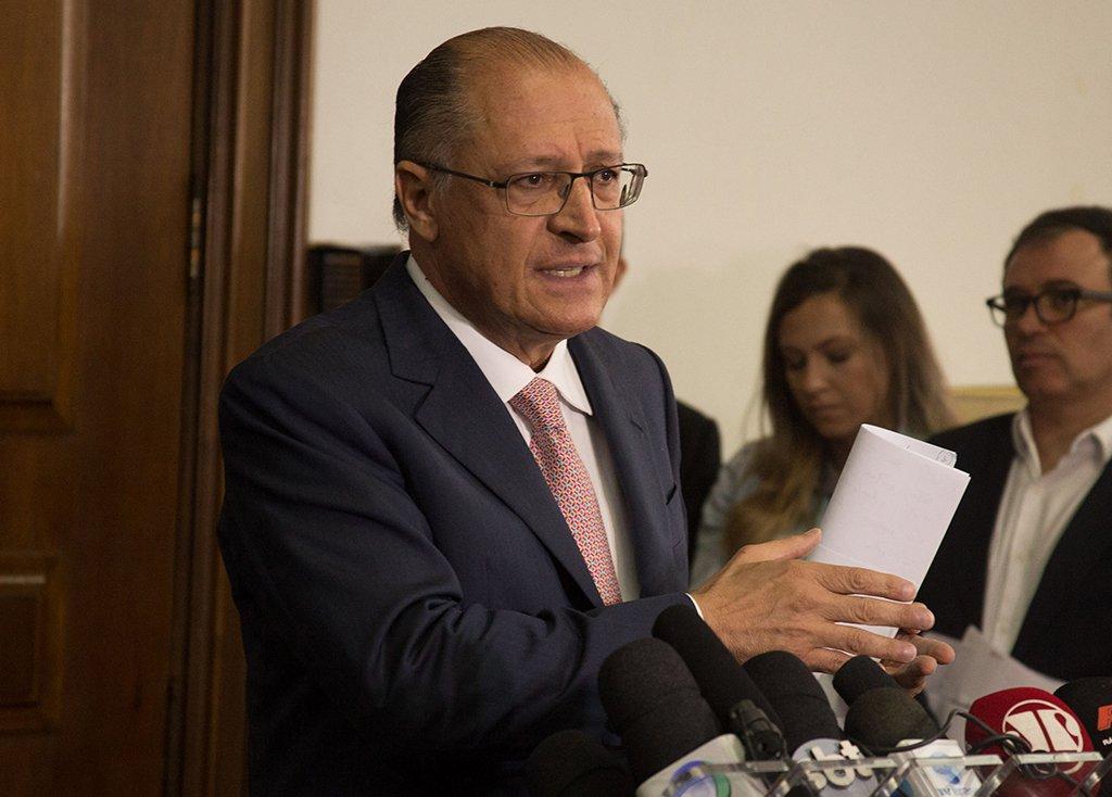 São Paulo - O governador Geraldo Alckmin anunciou o adiamento da reorganização escolar, a coletiva foi realizada no Palácio dos Bandeirantes. (SECOM/ Gov.de SP)