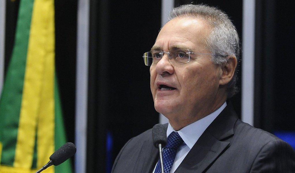 """Em vídeo postado em seu Twitter, o senador Renan Calheiros teceu duras críticas a Michel Temer; """"Infelizmente, temos no Brasil um presidente sem legitimidade, sem base social, menor do que a cadeira que ocupa. Isso preocupa a todos porque Temer não tem dimensão institucional"""", disse Renan"""