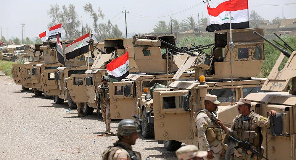 As forças iraquianas libertaram mais de 90% do território do país, mas ainda estão em curso intensas lutas para eliminar as últimas regiões que estão sob controle dos terroristas; as Forças Armadas iraquianas, em cooperação com milícias lcais, libertaram neste sábado cinco aldeias perto da cidade de Al-Qaim, no oeste do país, do controle do grupo terrorista Daesh. A informação foi divulgada pelo comando do exército através de um comunicado