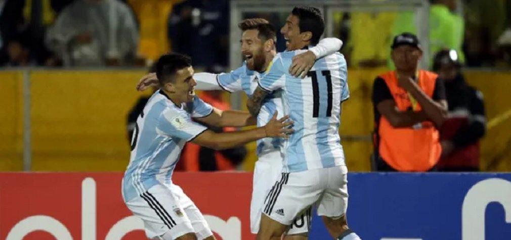 Pressionada, a Argentina entrou em campo contra o Equador, em Quito, precisando de uma vitória convincente para garantir a vaga na Copa da Rússia e retoma a confiança; o craque Messi assegurou o feito; ele fez os três gols da Argentina, que venceu de virada por 3 a 1 e se classificou direto para o Mundial