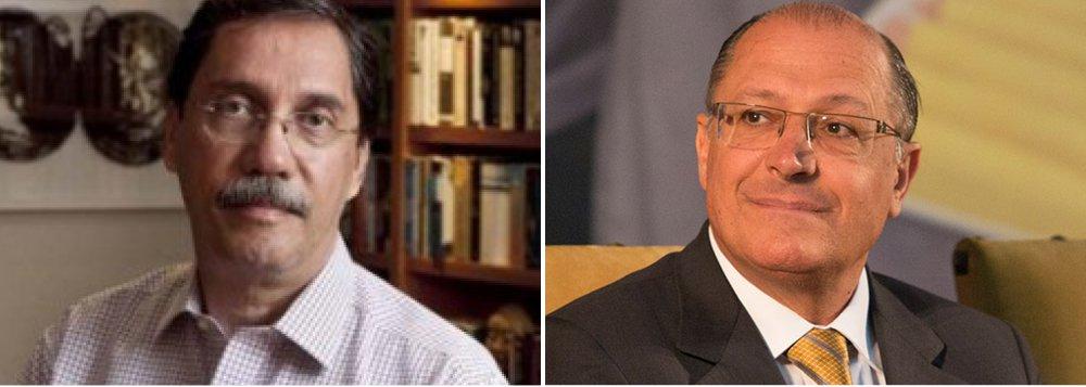"""""""Agora que se concretizou o pedido de abertura de inquérito ao STJ, Alckmin terá que correr contra o tempo para que a decisão não interfira na disposição de disputar a presidência. O governador de São Paulo, embora tenha um cacife eleitoral respeitável, passará a ser mais um envolvido em denúncias"""", afirma o colunista do Globo"""