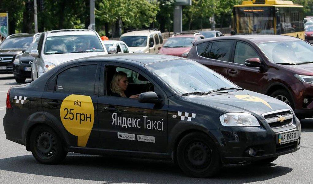 Na Rússia, o Uber anunciou fusão com a Yandex.taxi para a criação de uma nova plataforma de transporte privado ainda não denominada, mas conhecida no mercado como NewCo; o investimento do Uber para o negócio chega a ser mais de US$ 200 milhões; as empresas esperam que até janeiro de 2018 toda a transação esteja finalizada; desde de julho havia-se um interesse por ambas empresas na fusão que planejava atuar na Rússia, Cazaquistão, Azerbaijão, Armênia, Belarus e Georgia; o Ubereats também foi incluso no acordo, ampliando a área de atuação do app