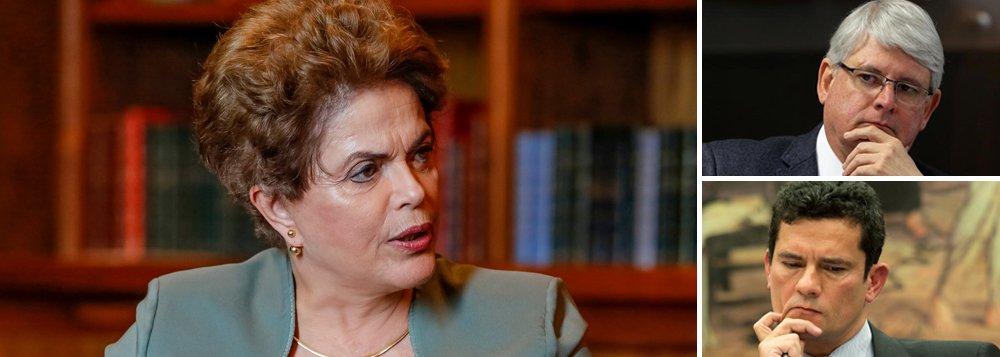 """Em nota divulgada à imprensa, a presidente deposta Dilma Rousseff rebate a segunda denúncia oferecia pelo procurador-geral Rodrigo Janot por obstrução judicial relativa à nomeação do ex-presidente Lula para a Casa Civil; Dilma lembra que a acusação foi feita a partir de grampo ilegal feito pelo juiz Sergio Moro; """"É espantoso que a nova denúncia se baseie em provas ilegais e nulas, fruto de reconhecida situação abusiva em que conversas da presidenta eleita Dilma Rousseff foram indevidamente interceptadas, divulgadas e descontextualizadas na interpretação do seu real conteúdo"""", diz ela"""