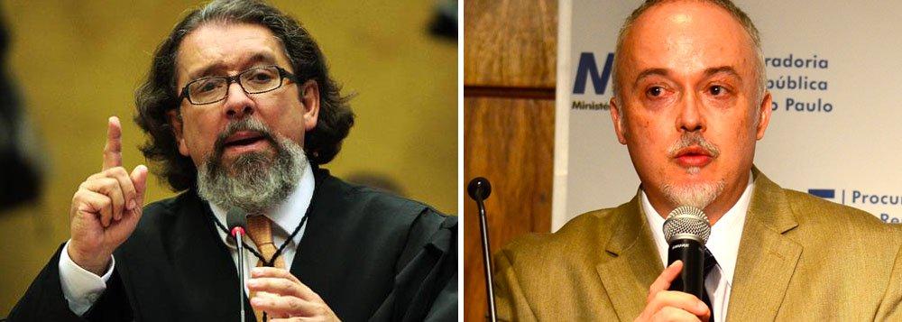 """Agora foi vez do procurador Carlos Fernando dos Santos Lima, da força-tarefa da Lava Jato em Curitiba, correr em defesa do juiz Sérgio Moro e rebater declarações do advogado Antônio Carlos de Almeida, o Kakay, sobre caso envolvendo um amigo do magistrado; """"Tome vergonha na cara"""", disse o procurador; na tréplica, Kakay disse que o procurador desonra o MP; """"Comentei as acusações dando a ele o pressuposto da presunção de inocência, que ele e sua turma negam a todos. Este procurador, que desonra o MP, ao usar o Facebook como maneira de intimidação, de forma ridícula, nem mereceria resposta, mas eu o faço em homenagem a um MP que orgulha o país e ao qual a advocacia respeita, elogia e reverencia"""""""