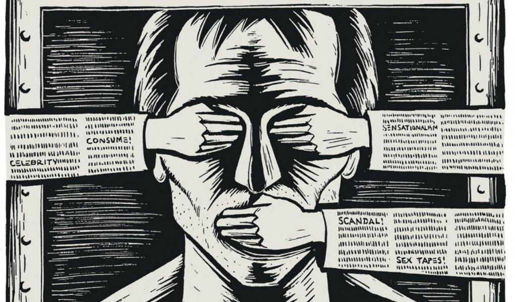 """Jornalista Fernando Brito faz duras críticas à emenda aprovada na reforma política que censura publicações na internet que se caracterizem como """"discurso de ódio, disseminação de informações falsas ou ofensa em desfavor de partido ou candidato""""; """"E se a direita e seus exércitos de robôs cibernéticos dispararem denúncias contra este blog e outros, de esquerda, denunciarem algo, isso é ofensa?"""", questiona; """"Isso é uma estupidez e uma porta aberta para a completa ditadura da informação. E o museu da internet, onde basta um histérico para acusar. E histéricos não faltam"""", diz Brito"""