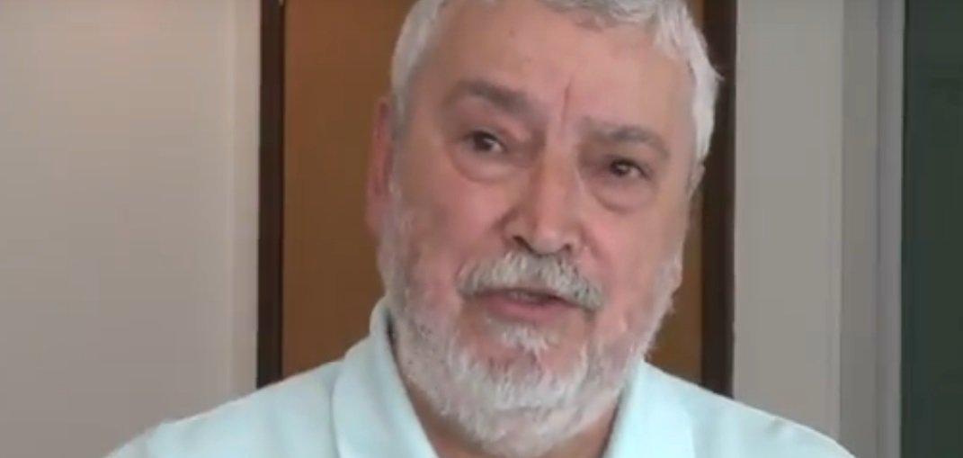 """O sindicalista e comentarista político daTVTJosé Lopes Feijóo disse que o Brasil precisa superar as manifestações de ódio relacionadas com o nazismo e o fascismo para retomar a democracia; """"Uma das características do fascismo e do nazismo é a intolerância contra o que é diferente. Contra os judeus, contra os portadores de deficiência, contra aqueles que pensam diferente, contra determinado tipo de arte, contra aquilo que eles julgam que o senso comum não aceitaria. Infelizmente estamos vivendo um momento muito parecido no Brasil. Generais estão indo à imprensa e a público ameaçando uma intervenção militar e o retorno de uma ditadura"""""""