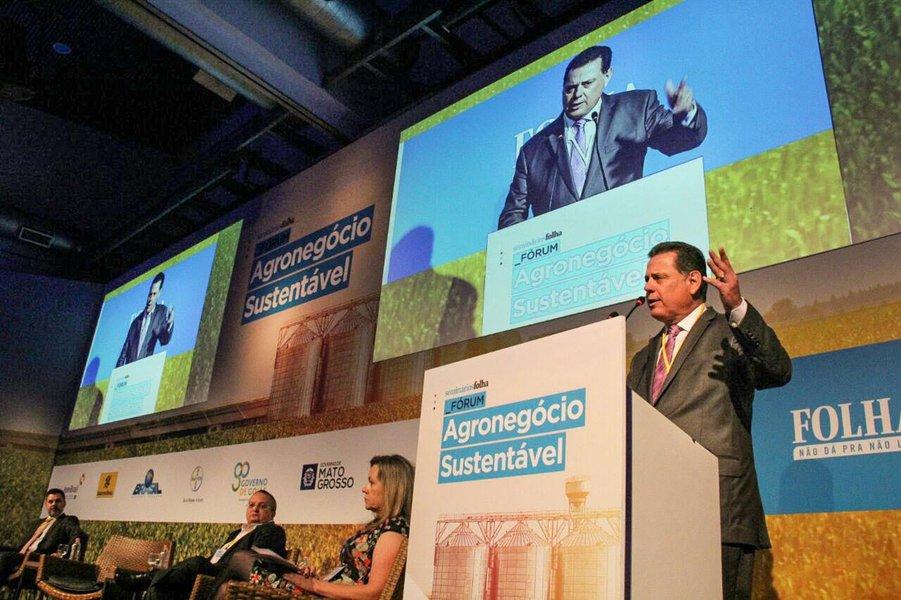 O governador Marconi Perillo, presidente do Fórum de Governadores do Brasil Central, participou na manhã desta quinta-feira (14) do Fórum do Agronegócio Sustentável, na capital paulista; o goiano defendeu com veemência uma reformulação da Lei Kandir, para que os estados tenham garantias de retorno em impostos sobre o que exportam