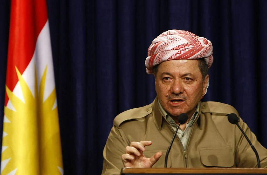 """O presidente do Curdistão iraquiano, Massoud Barzani, que anunciou neste domingo (29) que deixará seu cargo em 1º de novembro, atacou o governo central do Iraque e o acusou de usar o referendo de independência como """"pretexto"""" para agir contra os curdos; em discurso televisionado, Barzani assegurou que a operação militar lançada pelas forças iraquianas em meados de outubro nos territórios disputados entre os governos central e curdo já estava """"planejada"""" e teria acontecido mesmo sem a realização da consulta de autodeterminação de 25 de setembro"""