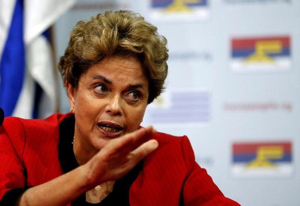 Ex-presidente Dilma Rousseff durante evento no Uruguai. 04/11/2016 REUTERS/Andres Stapff