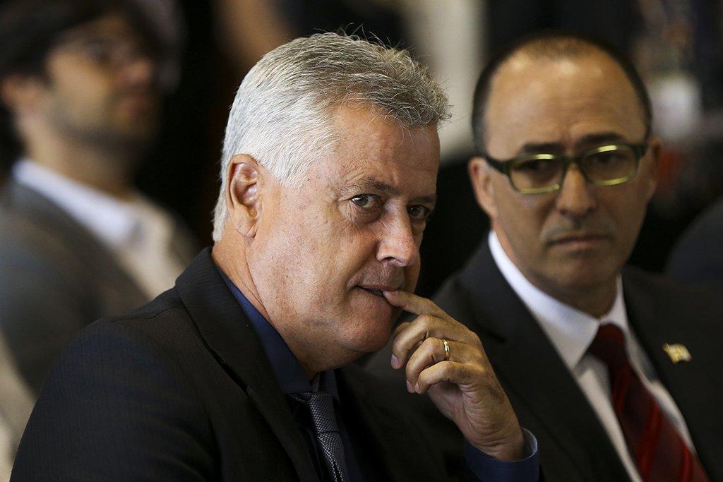 Brasília - O governador do Distrito Federal, Rodrigo Rollemberg, sanciona a lei que cria o Biotic – Parque Tecnológico. (Marcelo Camargo/Agência Brasil)