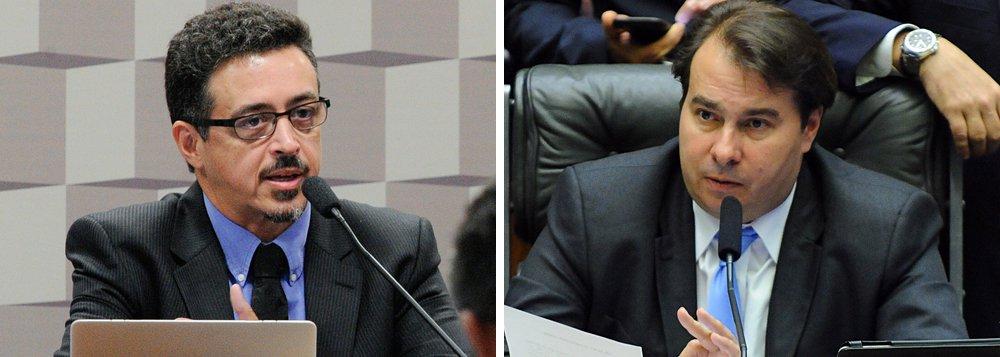 A indicação de Sérgio Sá Leitão para o Ministério da Cultura (MinC) foi articulada pelo presidente da Câmara, o deputado federal Rodrigo Maia (DEM-RJ); a escolha é uma tentativa de Temer de segurar os deputados do DEM na base aliada para a votação da denúncia por corrupção passiva, prevista para 2 de agosto