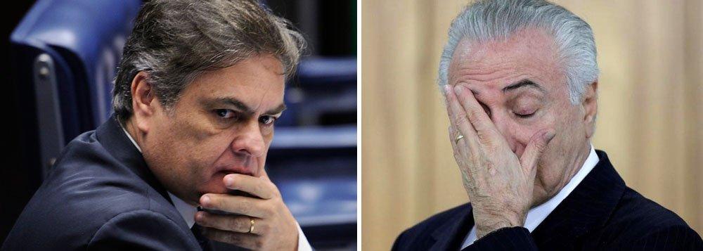 """Um dos aliados mais próximos de Aécio Neves, o senador Cássio Cunha Lima (PSDB-PB) afirmou em conversa com investidores que, se depender do processo na Câmara,""""dentro de 15 dias o país terá um novo presidente""""; Cunha Lima enfatizou que Rodrigo Maia já teria dado sinais de que não mexerá na equipe econômica se chegar ao Planalto; na avaliação de Cunha Lima, a """"instabilidade aumentou"""" com a prisão de Geddel Vieira Lima, o avanço da delação de Eduardo Cunha e a escolha de Sergio Zveiter (PMDB-RJ) como relator da denúncia na CCJ; """"o governo caiu"""", resumiu o senador, evidenciando que o tucanato já rifou Michel Temer; ontem, o presidente interino da sigla, senador Tasso Jereissati, admitiu que o Brasil""""caminha para a ingovernabilidade"""" e defendeu o nome de Rodrigo Maia para fazer a """"travessia"""""""