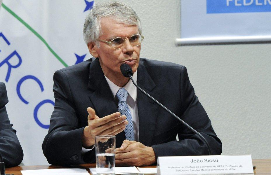 João Sicsú contesta discurso de Temer e diz que Brasil está longe de sair da recessão; para o professor da UFRJ, crescimento do PIB foi causado pela demanda externa: consumo das famílias continua a cair