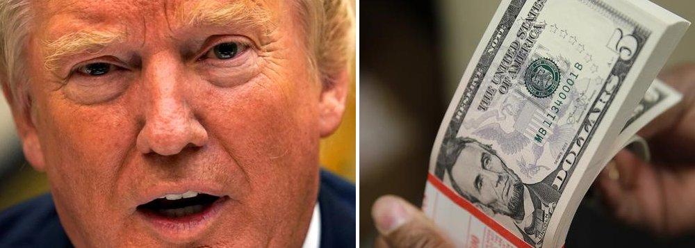 Escritório de Orçamento do Congresso (CBO, na sigla em inglês) alerta que, nos finais do ano, o Departamento do Tesouro dos Estados Unidos poderá ficar sem dinheiro caso o Congresso não eleve o teto da dívida;mercado americano está começando a considerar que o encerramento do governo dos EUA por duas semanas é um cenário possível, algo que se traduziria em a administração de Trump não ter dinheiro para pagar todos os serviços públicos