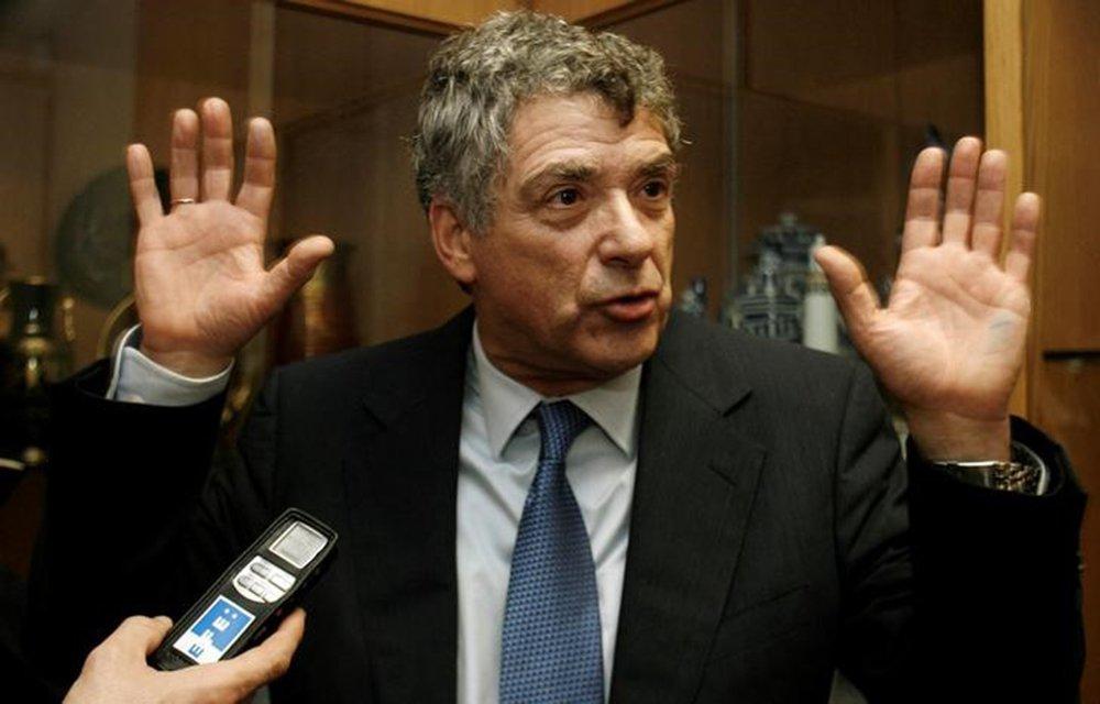 Presidente da federação espanhola de futebol, Ángel María Villar, em Lisboa 19/01/2009 REUTERS/Nacho Doce