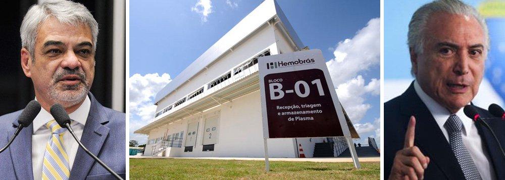 """O líder da oposição no Senado, Humberto Costa (PT-PE), criticou a possibilidade de transferência da produção de hemoderivados de Pernambuco para o Paraná, estado do ministro da Saúde, Ricardo Barros (PP), e pediu empenho para que os ministros pernambucanos - que integram a base governista - defendam a manutenção da Hemobras em Goiana (PE); """"O governo está liberando bilhões de reais em emendas parlamentares para que deputados rejeitem a denúncia de corrupção contra Temer na Câmara. Como o ministro pode dizer que não tem os R$ 200 milhões necessários para finalizar o empreendimento no nosso Estado? O que falta é prioridade e atenção com o povo nordestino"""",disparou"""