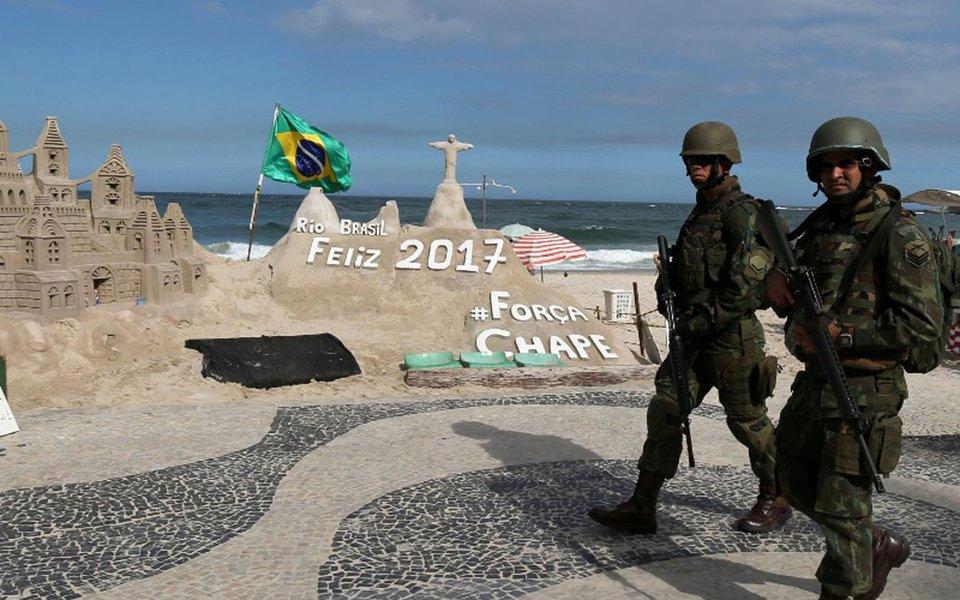Em pleno mês de julho, período de férias dos brasileiros, os hotéis da Barra da Tijuca estão com ridículos 8% de ocupação, em média; considerando toda a rede hoteleira do Estado, o percentual é de apenas 30%