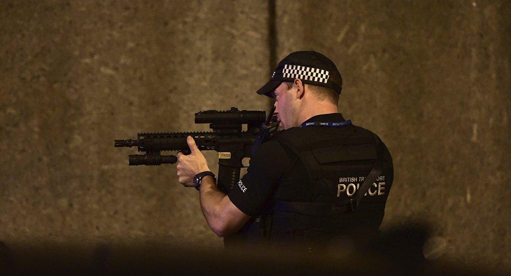 Este já é o terceiro atentado terrorista que ocorre no Reino Unido nos últimos 2 meses e meio. Ao menos 48 pessoas foram transportadas aos hospitais na sequência do ataque e 7 pessoas morreram