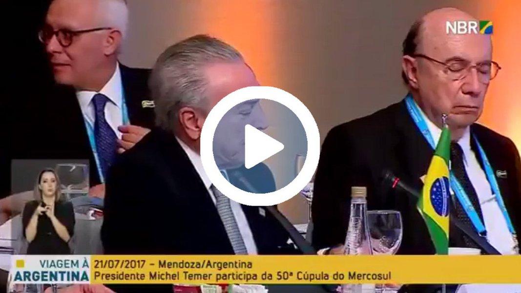 Ao participar de um evento da 50ª Cúpula do Mercosul, em Mendoza, na Argentina, menos de 24 horas após anunciar um aumento de impostos sobre os combustíveis, o ministro da Fazenda, Henrique Meirelles, dormiu na mesa, durante um discurso de Michel Temer; sentado ao lado de Temer, Meirelles foi visto várias vezes pendendo a cabeça, bocejando e bebendo algo em uma xícara; assista