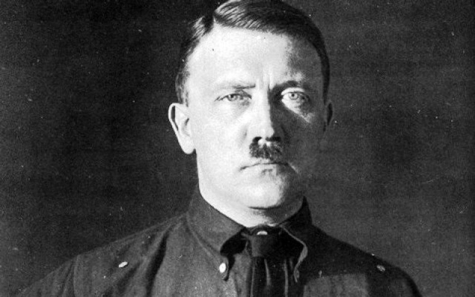 Jornalista alemão relata em livro que Hitler usava drogas