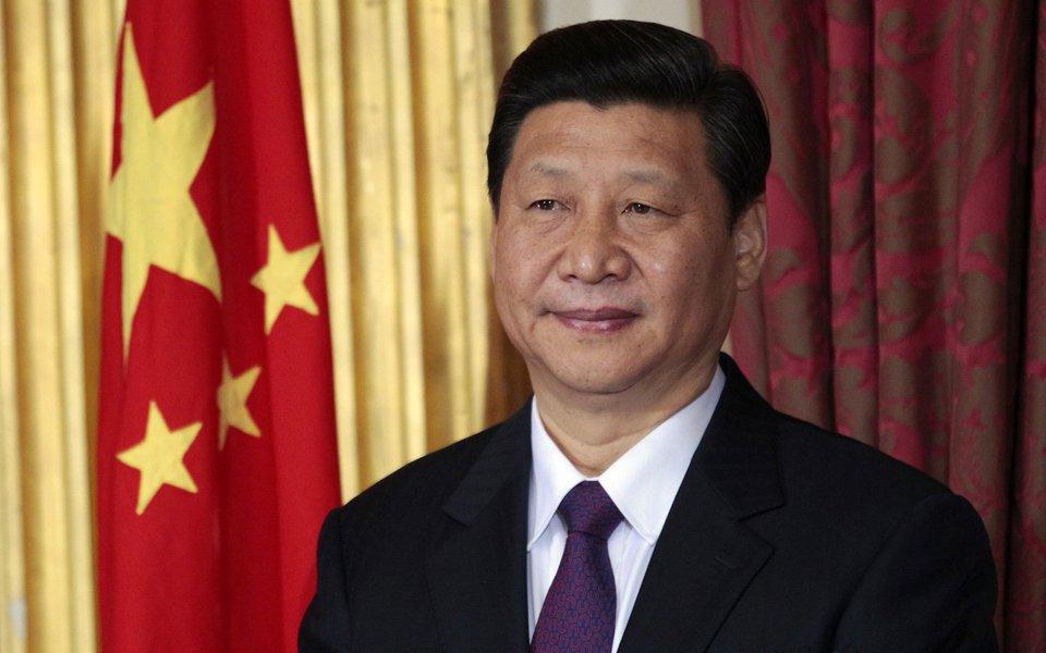 A China vai fortalecer a coordenação da regulação fiscal, estabilizar o mercado de propriedades e evitar riscos financeiros sistêmicos, de acordo com comunicado divulgado após o encontro, que foi presidido pelo presidente Xi Jinping; ao contrário do Brasil, país usa a política fiscal para promover crescimento