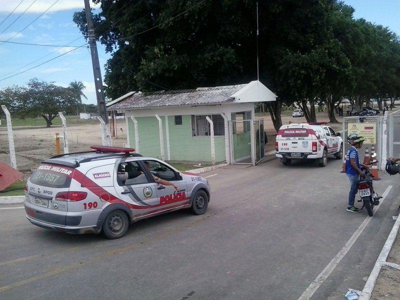 O Serviço de Inteligência da Secretaria de Ressocialização e Inclusão Social de Alagoas (Seris)interceptou uma ordem de uma facção criminosa para matar um agente penitenciário; fato ocorreu após um detento ter sido baleado no presídio Cyridião Durval, em Maceió, durante o início de uma rebelião