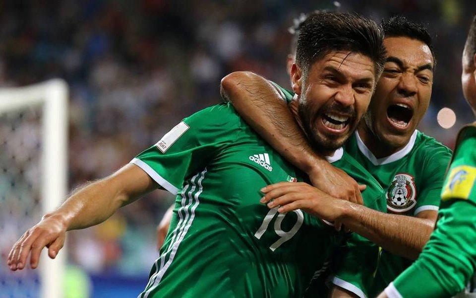 México marcou duas vezes em um animado segundo tempo para superar a Nova Zelândia por 2 x 1 e destruir os sonhos da rival de garantir sua primeira vitória na Copa das Confederações na 11ª tentativa; México terminou o dia como líder do Grupo A com quatro pontos, à frente de Portugal no saldo de gols; anfitriã Rússia está em terceiro com três pontos e a Nova Zelândia não tem nenhum