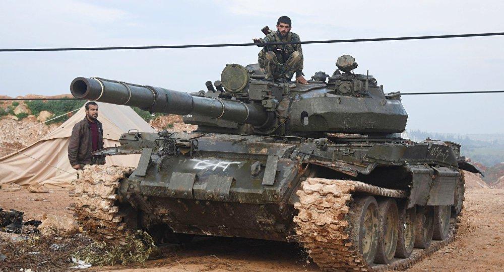 Exército sírio, apoiado pelas forças aliadas, expulsou os terroristas do povoado de Halfaya, no norte da província de Hama, que era uma importante base do agrupamento terrorista Frente al-Nusra nesta zona da Síria, disse uma fonte no local à Sputnik; segundo a fonte, o exército de Damasco está avançando em direção às fronteiras das províncias de Latakia e Idlib, fazendo os terroristas recuar em massa