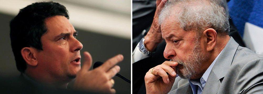 """""""O que Moro quer com esta nova agressão a Lula é sanar uma falha grave em sua sentença, forçando a relação entre o famigerado tríplex e a Petrobrás, para sustentar a condenação por corrupção passiva. Mas, dando a impressão de que deseja matar Lula de fome, Moro amplia a percepção, inclusive no círculo de admiradores, de que realmente persegue o ex-presidente"""", diz a colunista do 247 Tereza Cruvinel sobre o confisco de bens do ex-presidente Lula determinado pelo juiz Sérgio Moro; """"Moro quer matar Lula de fome. Logo Lula, que sobreviveu à fome em sua infância pobre no Nordeste"""""""