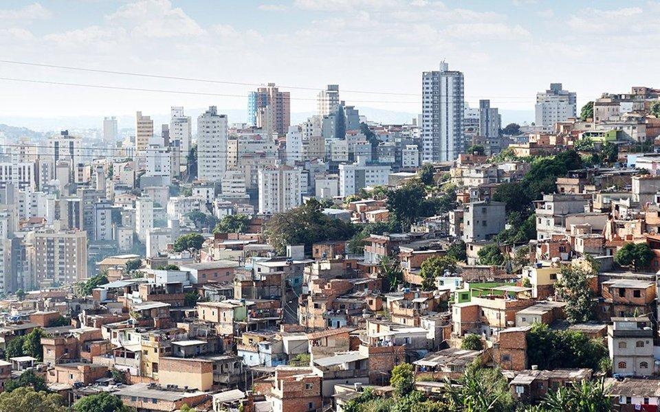 """Brasil precisa priorizar o combate às desigualdades regionais se quiser alcançar as metas dos Objetivos de Desenvolvimento Sustentável (ODS) da ONU, ligados diretamente à criança e ao adolescente; no balanço geral, o Brasil cumpriu sete dos oito Objetivos do Milênio, voltados para os países em desenvolvimento, com exceção da meta de redução da mortalidade materna; """"Olhando a média nacional dá para pensar que alguns indicadores estão bons, mas precisamos olhar para as diferentes realidades brasileiras para enxergar onde estão os desafios"""", diz a administradora executiva da Abrinq, Heloisa Oliveira"""