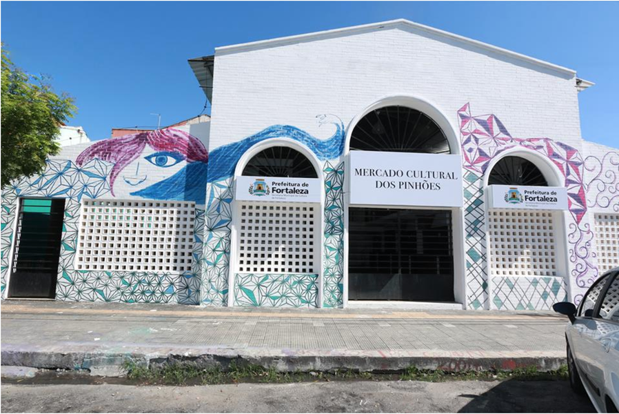 O Mercado Cultural dos Pinhões será inaugurado pela Prefeitura de Fortaleza nesta quarta (26), quando será realizado o Festival Comida de Boteco. O projeto do novo equipamento visa transformá-lo, junto ao Mercado dos Pinhões, no Polo Cultural e Gastronômico de Fortaleza, em um ponto de referência da comida cearense juntoà programação cultural regular, com shows musicais e feiras de arte
