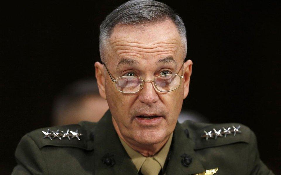 """EUA deve evitar um confronto com a Rússia, por se tratar de uma potência nuclear. No entanto, a Rússia é uma """"grande ameaça"""", disse o chefe do Estado-Maior Conjunto dos Estados Unidos, Joseph Dunford"""