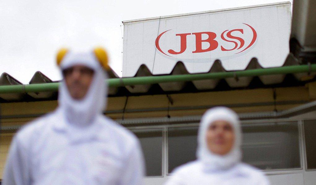 Jurista questiona os termos da delação premiada feita pela JBS; de acordo com o acordo oferecido pela Procuradoria Geral da República, os executivos da empresa terão imunidade e ficarão presos somente por quatro anos