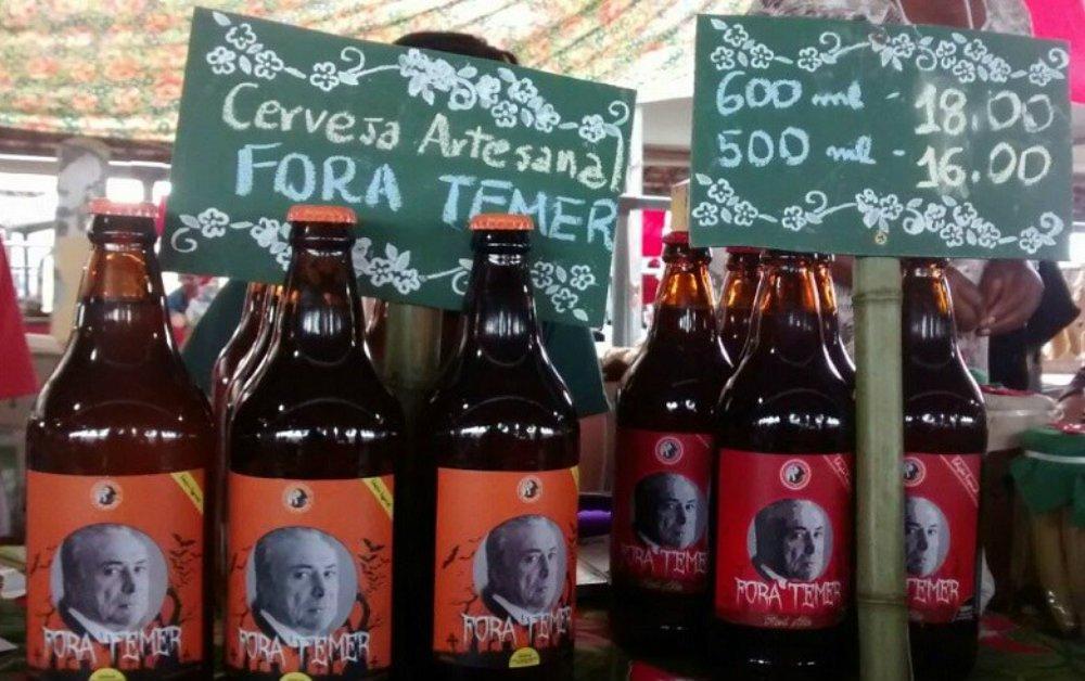 Criado logo após a posse de Michel Temer, o selo especial da cervejaria artesanal Latinoamericana, de um assentamento no Paraná, tem puro malte e leva 20 dias para ficar pronta