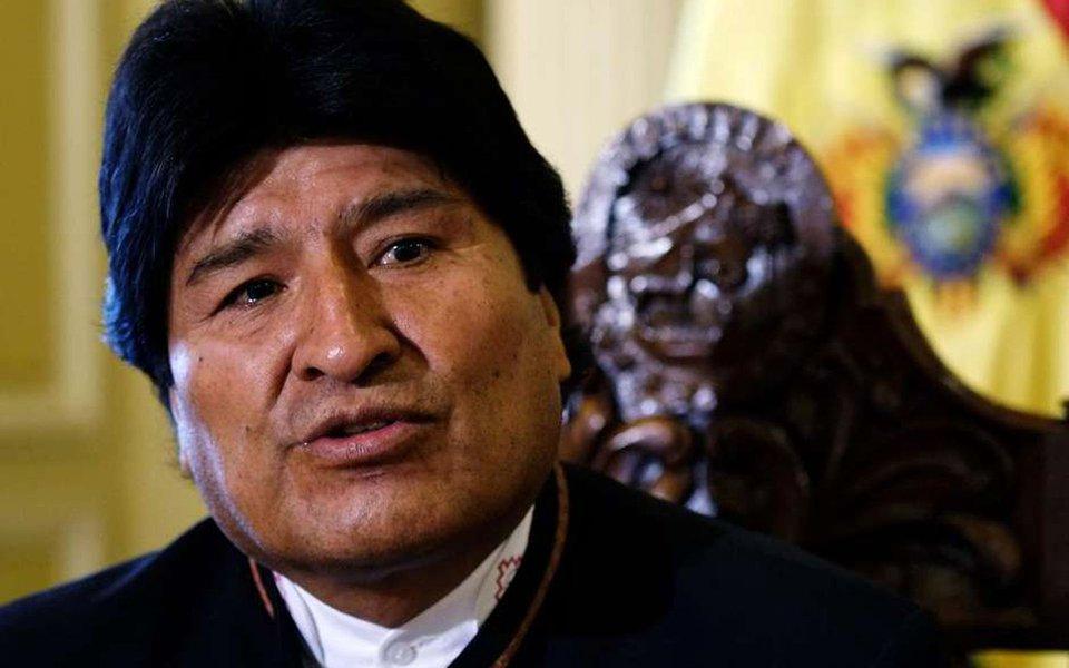 """Evo Morales, presidente da Bolívia, expressou preocupação com a situação política no Brasil; para ele, o secretário-geral da Organização de Estados Americanos (OEA), Luis Almagro, deveria """"olhar mais para o Brasil """"e sua crise política"""" ao invés de ficar obcecado pela Venezuela""""."""