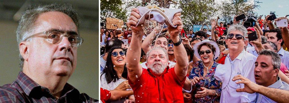 """Jornalista destaca que o ex-presidente Lula foi o único, entre 9 nomes pesquisados pelo Ibope, """"que conseguiu atingir três marcos: reúne maior potencial de voto entre os concorrentes, reduzir o índice de rejeição e o maior eleitorado cativo"""""""