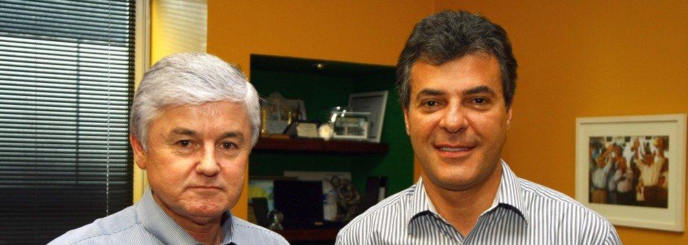 """Procurador Rodrigo Janot pediu ao STF a abertura de inquérito com o objetivo de apurar se o chefe da Casa Civil do Paraná, Valdir Rossoni (PSDB-PR), cometeu o crime de prevaricação para tentar beneficiar o governador Beto Richa (PSDB); Janot afirma que Rossoni levou três anos e dez dias para encaminhar à CCJ da Assembleia Legislativa do Paraná o pedido do STJ para processar o chefe do executivo; na época, Rossoni era presidente do Alep;""""Procurando satisfazer interesse pessoal, Rossoni tentou impedir o prosseguimento da ação penal movida contra seu correligionário, Beto Richa"""", afirma o procurador"""