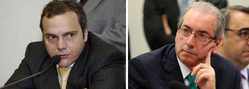 """O deputado cassado Eduardo Cunha (PMDB-RJ) e o homem apontado como seu ex-operador de propina, Lucio Funaro, voltaram a se sentar frente a frente hoje (27) na Justiça Federal em Brasília; eles já haviam se encarado ontem (26), quando o ex-deputado se recusou a cumprimentar o analista financeiro quando este lhe estendeu a mão; em delação premiada, cujos depoimentos foram recentemente divulgados no site da Câmara dos Deputados, Funaro disse que Cunha funcionava com uma espécie de """"banco de propina"""" para o PMDB"""