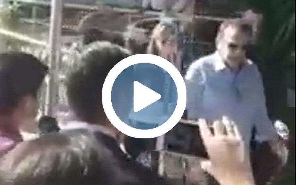 """Prisão do ex-ministro aconteceu em Natal, no Rio Grande do Norte, sob gritos de """"ladrão, """"safado"""", """"bandido"""" e """"vai pra cadeia""""; Henrique Eduardo Alves, aliado de Michel Temer, foi preso por suspeita de corrupção no âmbito da Operação Manus, da Polícia Federal, que apura desvios na obra da Arena das Dunas"""