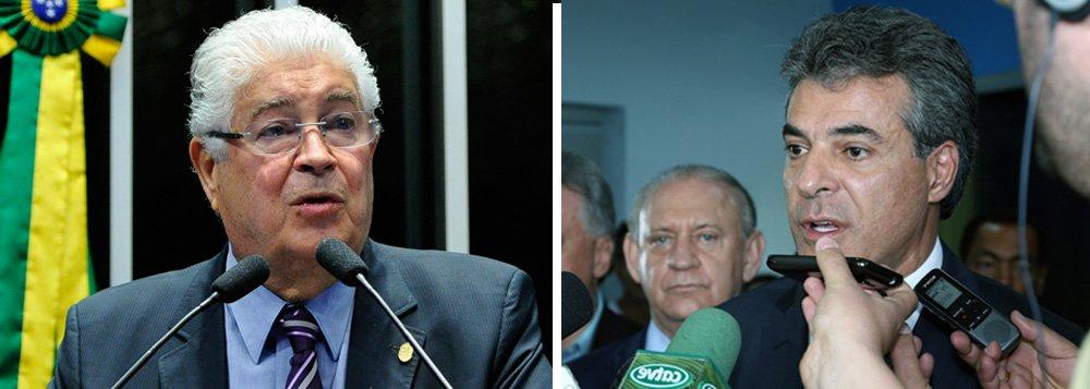 """O senador Roberto Requião (PMDB-PR) afirmou que 'não vê outra possibilidade' senão, em breve, 'a prisão de Beto Richa e sua cúpula política' em virtude de desvios de recursos da Educação investigados pela Operação Quadro Negro; """"Eu acredito que a atual cúpula do governo do Paraná vai para a cadeia. Não vejo outra possibilidade diante das acusações que vieram à tona"""", declarou o parlamentar ao responder pergunta sobre a citação do governador do Paraná, Beto Richa (PSDB), na delação do empreiteiro Eduardo Souza Lopes, dono da construtora Valor, no processo da Operação Quadro Negro"""