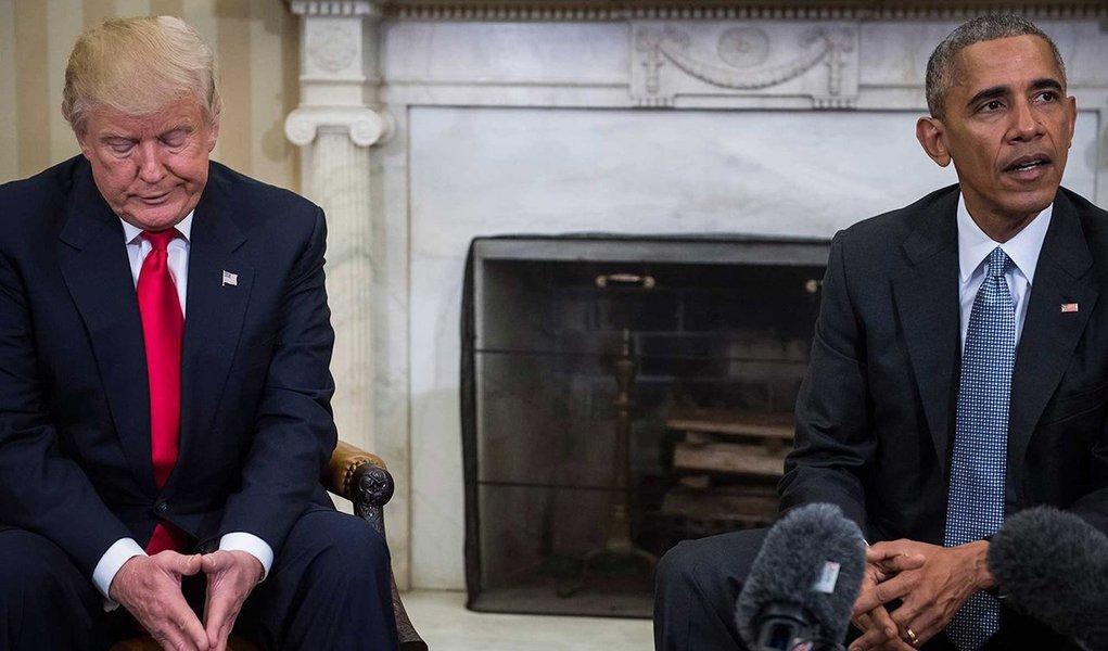 """Casa Branca pediu neste domingo ao Congresso norte-americano que examine se a administração do ex-presidente Barack Obama abusou de sua """"autoridade investigativa"""" executiva durante a campanha de 2016, como parte da investigação do Congresso em andamento sobre a influência da Rússia nas eleição presidencial; pedido veio um dia depois que o presidente Donald Trump alegou, sem evidência de apoio, que o então presidente Obama ordenou uma escuta telefônica na Trump Tower, em Nova York, que era então sede da campanha de Trump"""