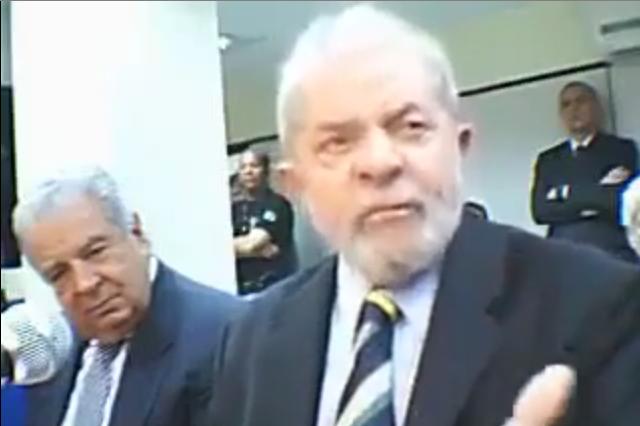 Difícil dizer qual magistratura é mais pedestre, agora: a da região agrícola de Curitiba ou a da roça iluminada que ainda é a capital do Brasil