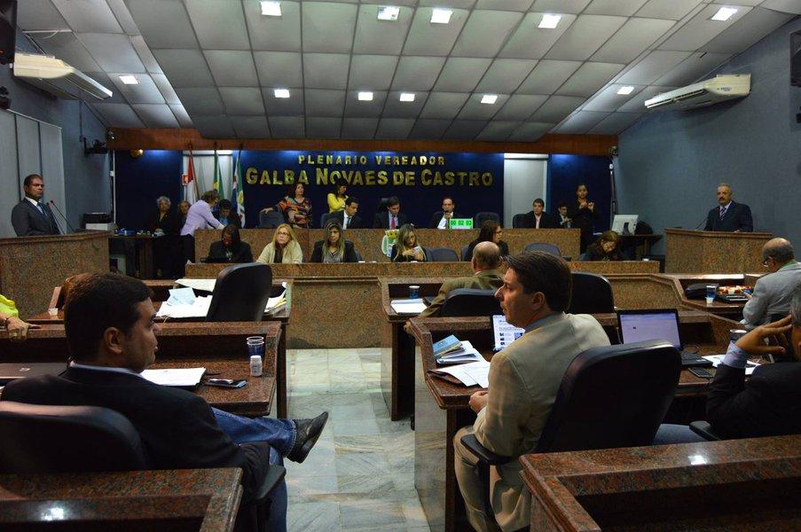 Durante audiência na Câmara de vereadores de Maceió, ficou definido outro encontro para discutir, após encaminhamento de um projeto de lei por parte da Prefeitura, para regulamenta o uso do Uber; debates têm servido para apresentação de sugestões antes da votação final pelos vereadores