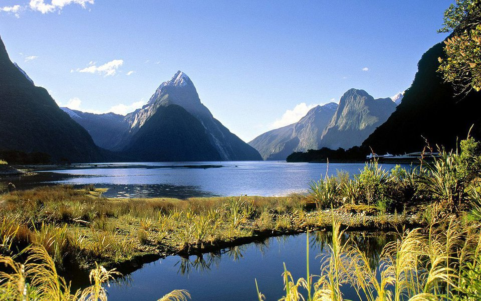 É o terceiro maior rio da Nova Zelândia e passou a ter os mesmos direitos que os seres humanos. O Whanganui, rio sagrado dos indígenas maori, ganhou personalidade jurídica e passa, agora, a poder estar representado em processos judiciais. O reconhecimento visa, sobretudo, a sua conservação.