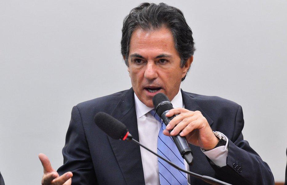 Texto divulgado pela assessoria do ex-presidente Lula relata queo ex-executivo Mendonça Neto voltou a se negar a falar a respeito do acordo que realizou com autoridades de outros países para contribuir com investigações feitas fora do Brasil sobre a Petrobras e outras empresas brasileiras, durante depoimento na 13° Vara Federal de Curitiba nesta segunda-feira 22; de acordo com o relato da defesa, o juiz Sergio Moro ignorou os protestos de advogados epermitiu que a testemunha se calasse sobre o assunto